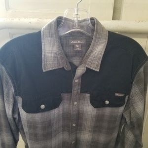 Eddie Bauer Medium Grey Black Men's Classic Shirt